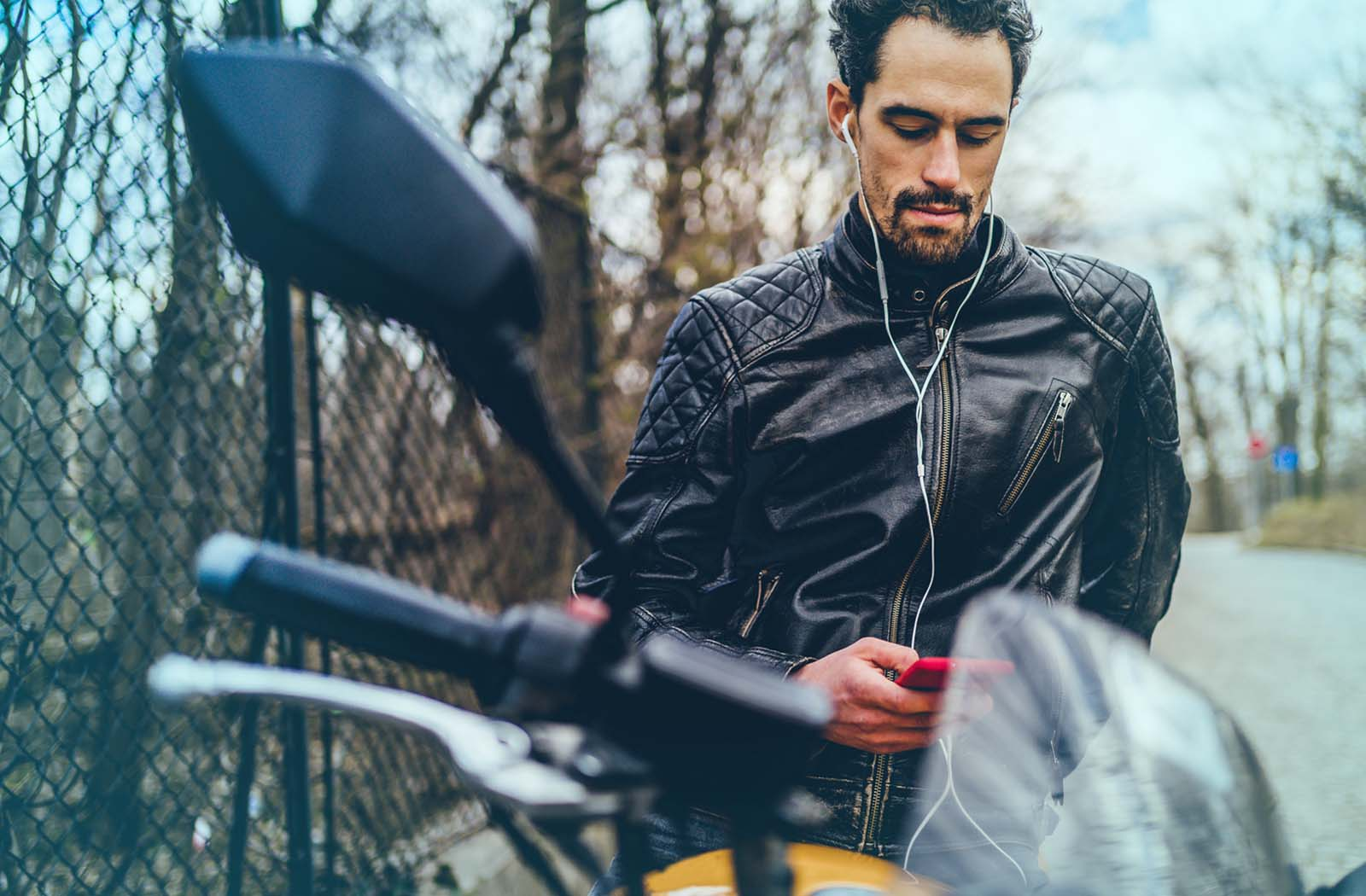 The Best Earbuds For Motorcycle